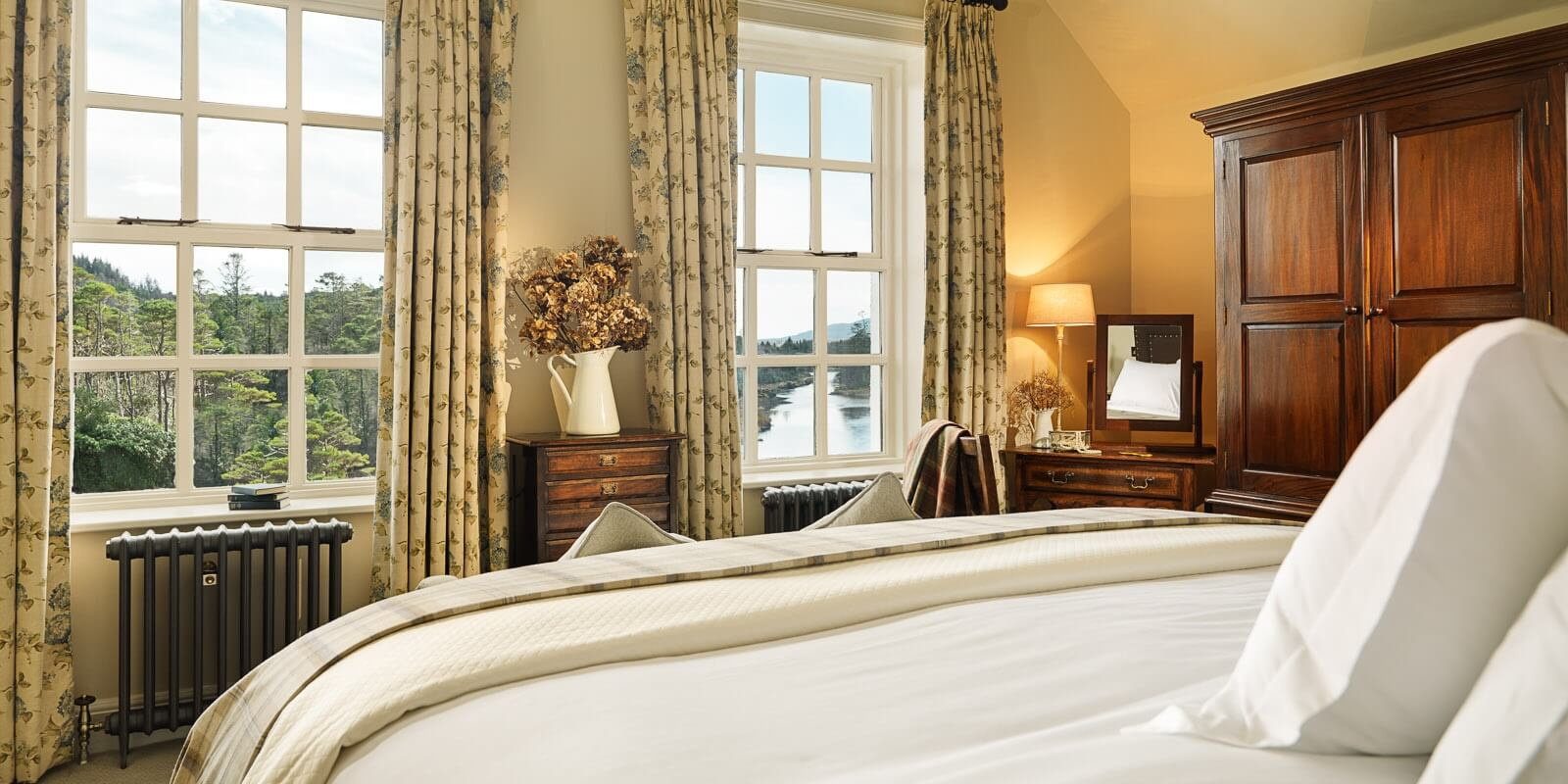 Classic Riverside Room