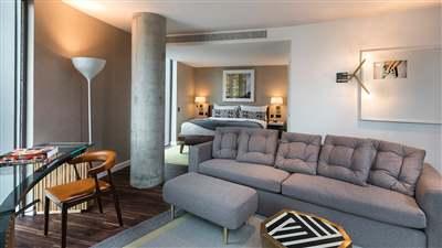 Bankside Biggest Suite