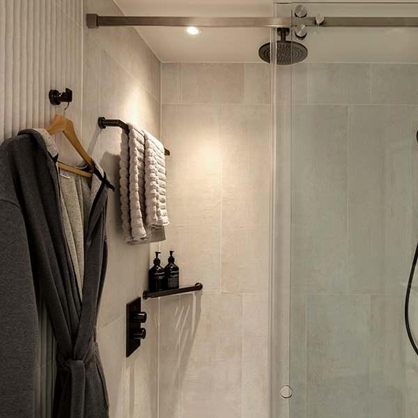 Bankside bathroom shower
