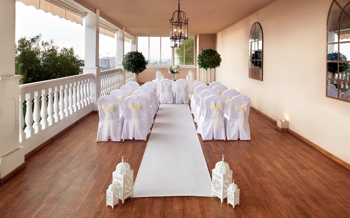 Rock Hotel Wedding Aisle