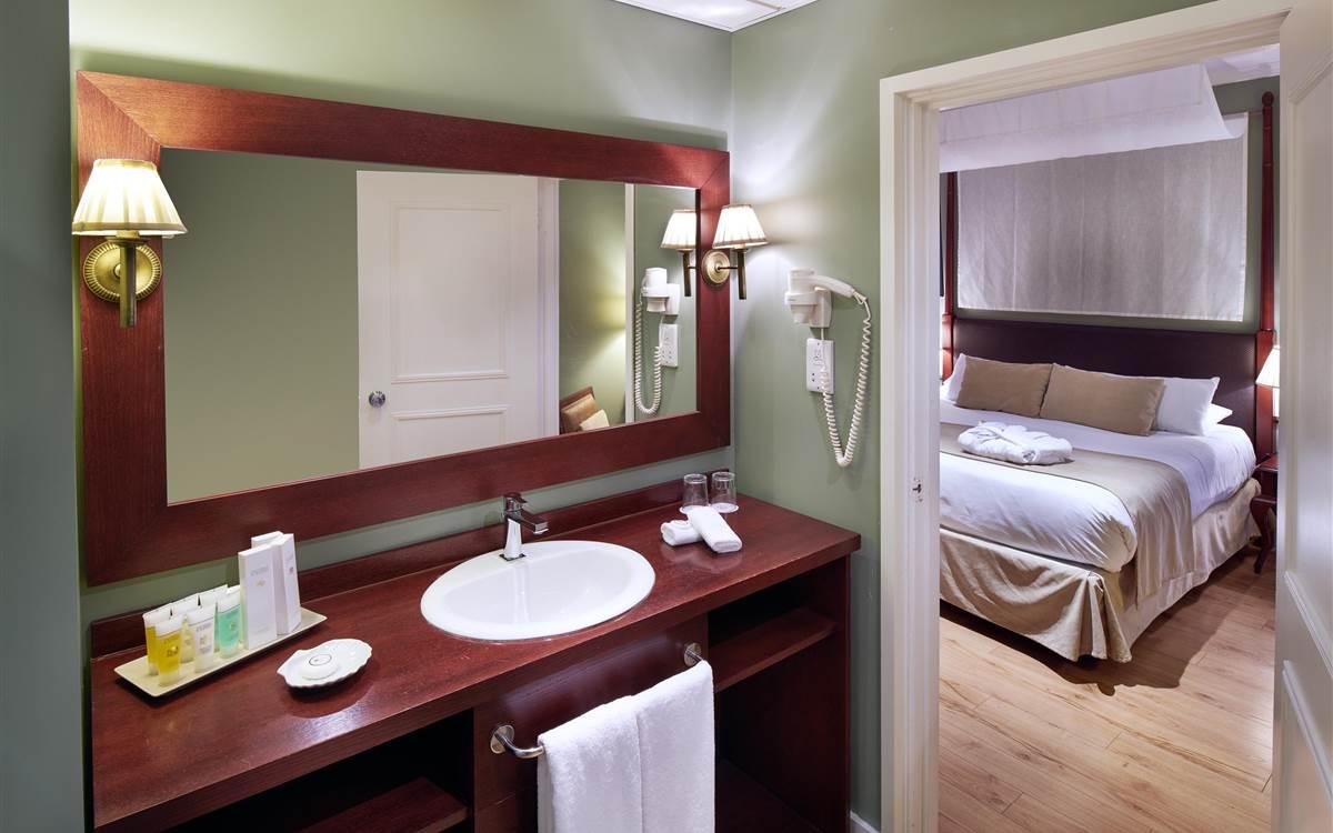 Rock Hotel - Bathroom