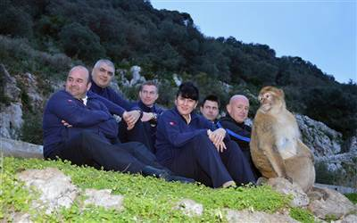 Blands Travel - Monkey Talk's Macaque Familiarisation Outings