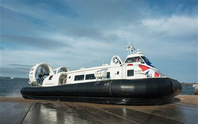 Hovertravel - Island flyer leaves SSea