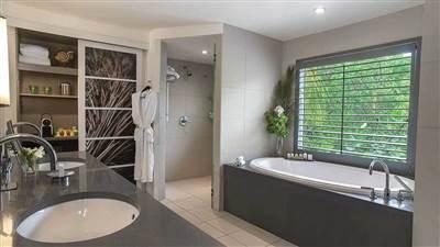 Bathroom  - Carlisle Bay