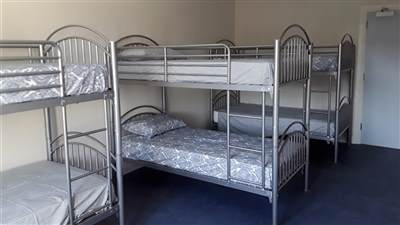 6 Bed Hostel Drom