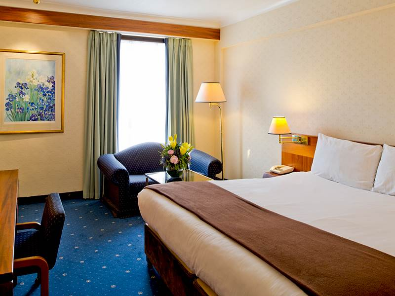 Hotel Rooms Croydon London