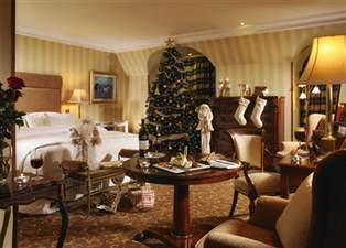 Christmas Bedroom (1)