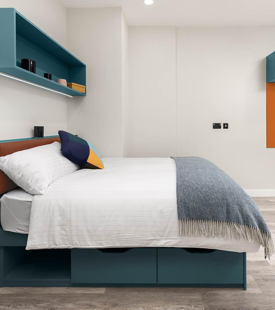 Highfield House  Deluxe Bedroom