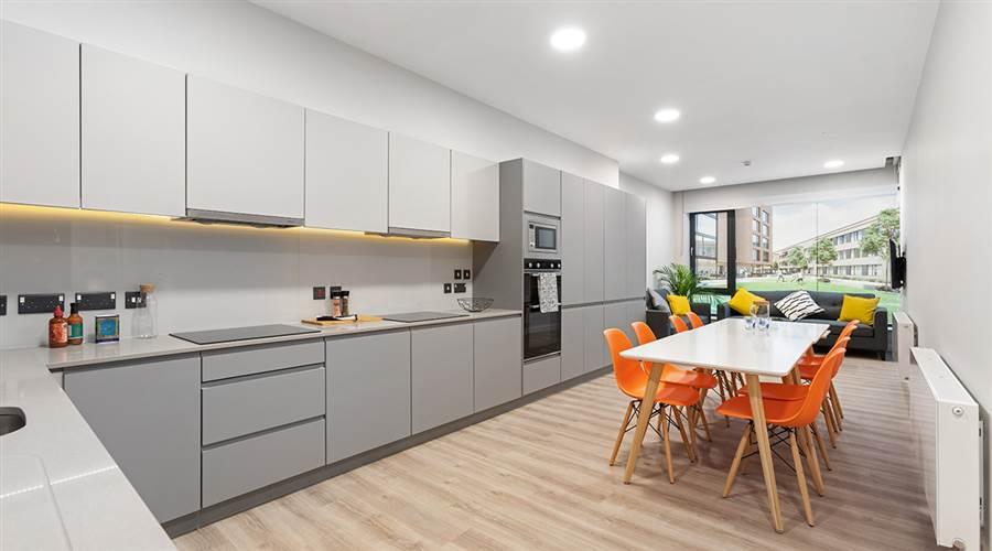 HighField House - Kitchen, Living, Dinin