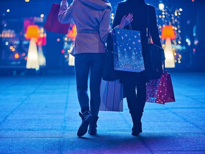 Christmas Shop & Stay