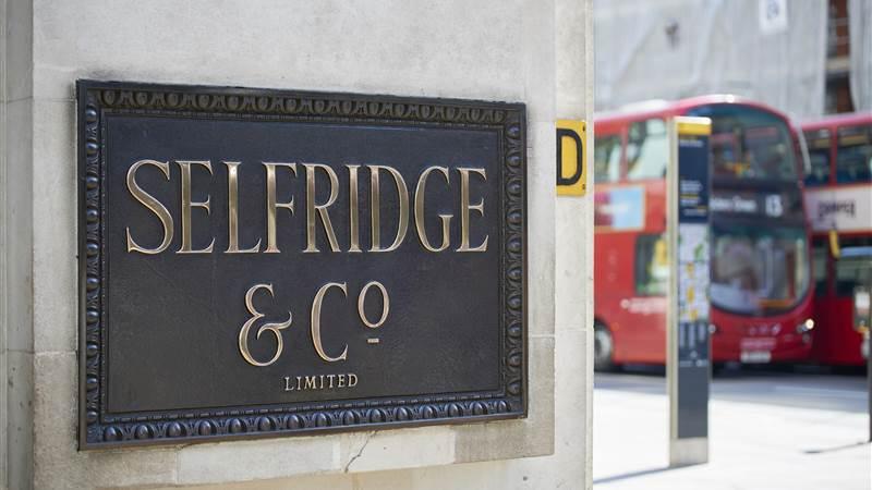 25 - Selfridges London-min