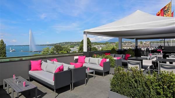 2018 05 MET Rooftop Lounge