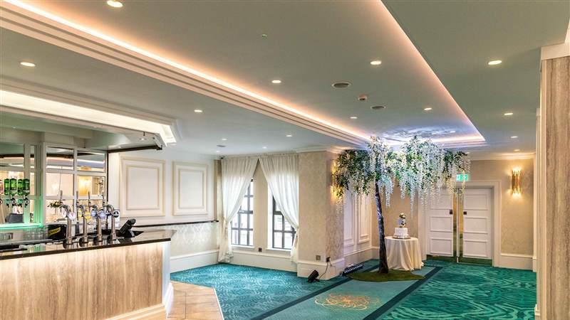 Roe Park Suite