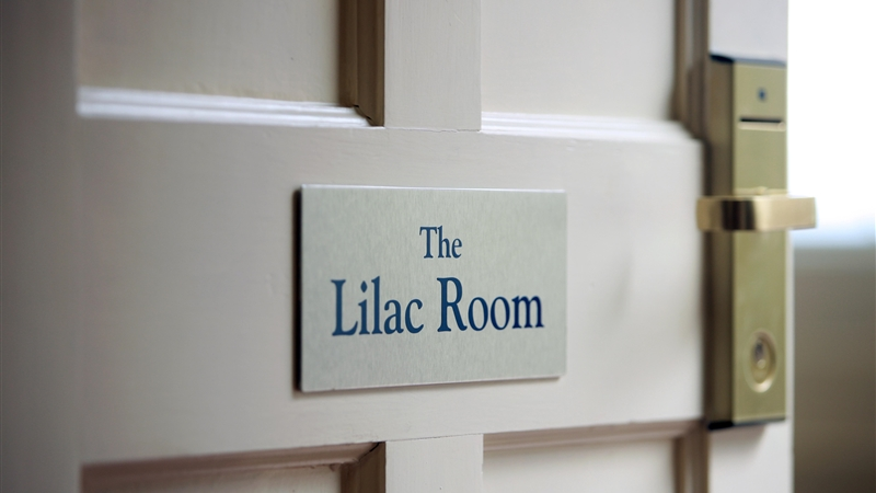 luxury Suite - The Lilac Room