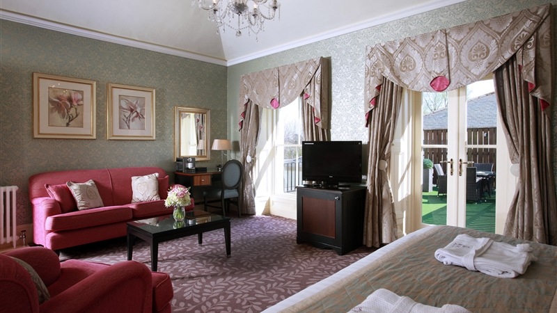 luxury Suite - The Magnolia Room