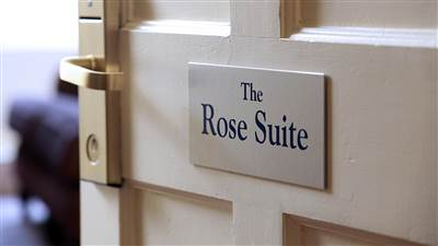 Luxury Suite - Rose