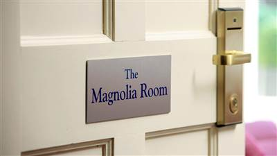 Luxury Suite - Magnolia