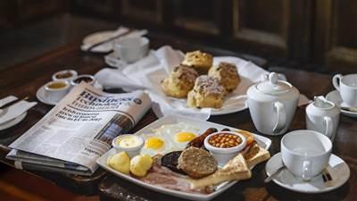 Breakfast at The Skeff Bar