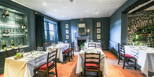 The traddock restaurant in austwick yorkshire dales for Best restaurants with rooms yorkshire dales